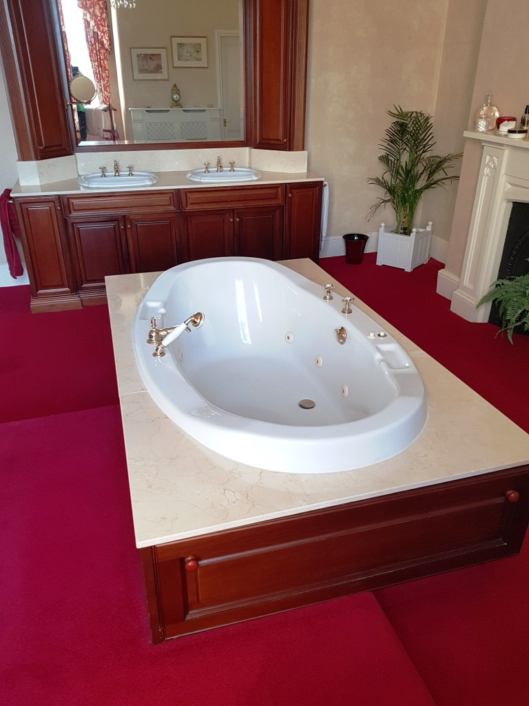 Marble Bath Surround After Polishing Bowden